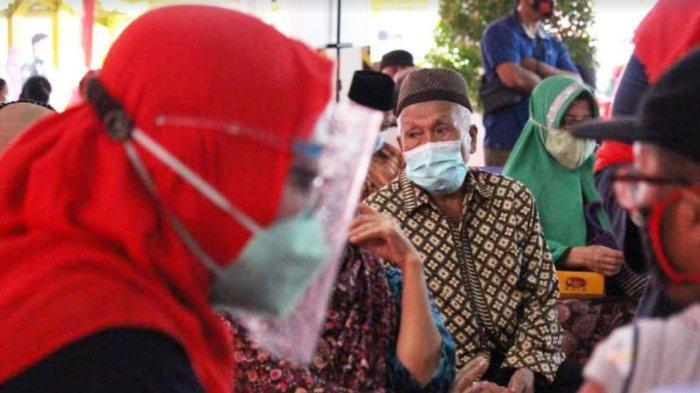 Merajut Asa Dalam Semarak HLUN, Dinkes Jatim Vaksin 1000 Lansia di Sidoarjo