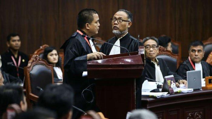 Pengacara Prabowo Bongkar 7 Kecurangan Jokowi di Pilpres 2019, Pemberian Gaji PNS ke-13 hingga THR