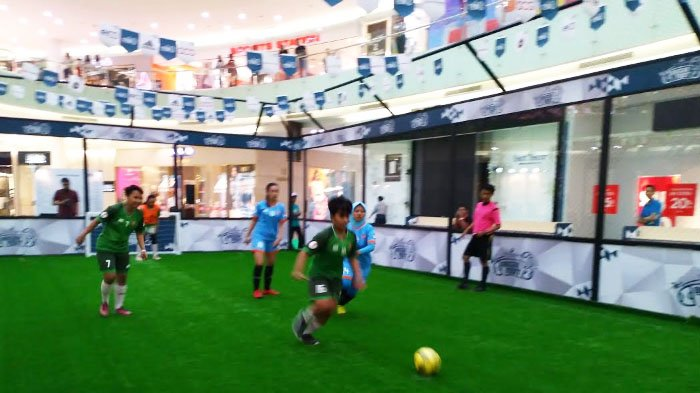 Euforia Piala Dunia 2018 di Ciputra World Surabaya, Main 3 on 3 Futsal di Dalam Mal