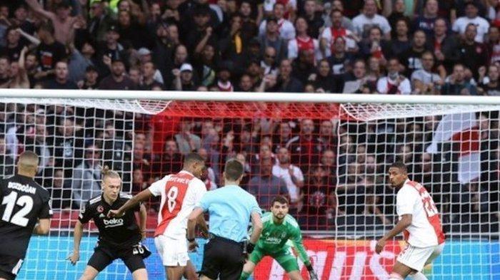 HASIL LIGA CHAMPIONS, Ajax 2 - 0 Besiktas, Shakhtar Donetsk 0 - 0 Inter Milan