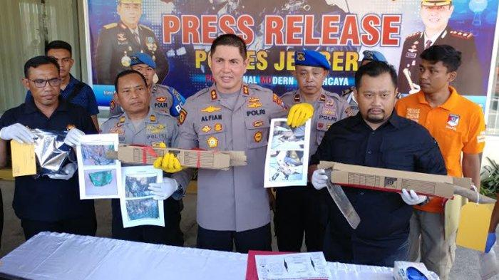 KRONOLOGI LANJUTAN Pembunuhan dan Penguburan Surono dalam Lantai Musala di Jember