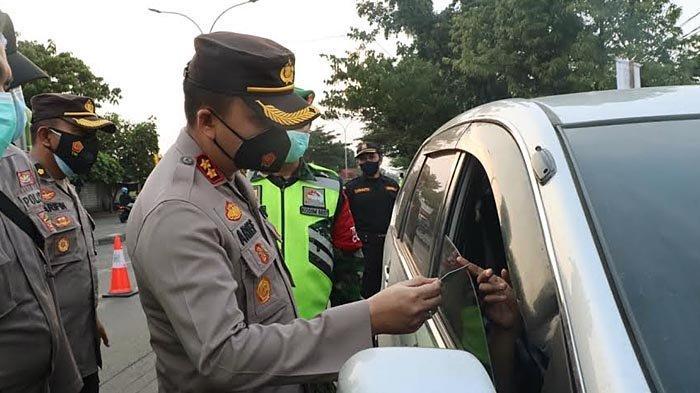 Info Larangan Mudik di Gresik, Belasan Kendaraan Pemudik Bandel Disuruh Putar Balik