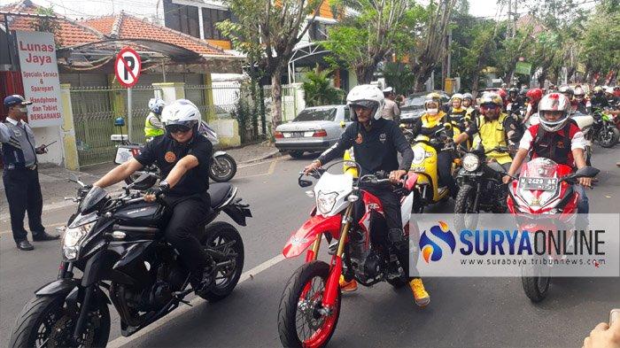 Stop Angka Kecelakaan Lalu Lintas, Polres Gresik Rayakan HUT Bhayangkara Gandeng Komunitas Motor