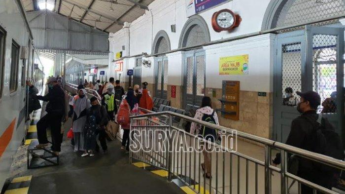 Mulai 1 Januari 2021, 10 Stasiun Daop 7 Madiun Tak Layani Penjualan Tiket KA Lokal Secara Langsung