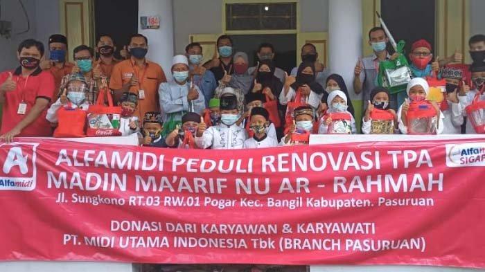 Patungan, Karyawan Alfamidi Pasuruan Renovasi TPA Madin Ma'Arif NU 23 Ar-Rahman