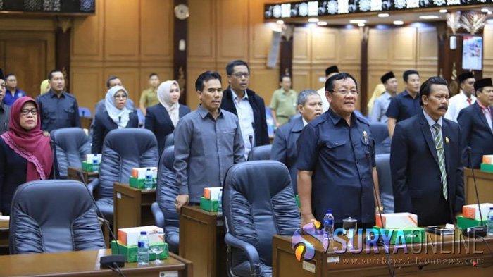 Belum Sebulan Dilantik, 50 Anggota DPRD Sidoarjo Sudah Menerima Gaji Tapi Tidak Genap