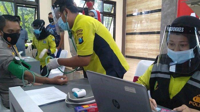 Setelah Tertular Covid-19, 23 Anggota Polres Bangkalan Mengikuti Vaksinasi Tahap II