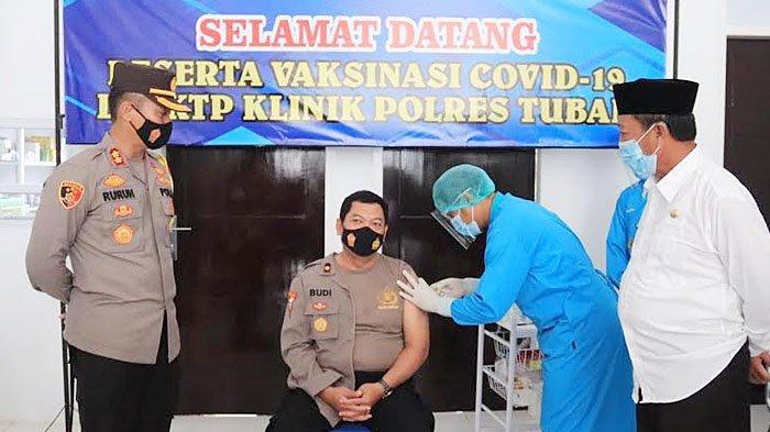 Hari Ini, Ratusan Anggota Polres Tuban Jalani Vaksinasi Covid-19, Digilir Tiga Tahap