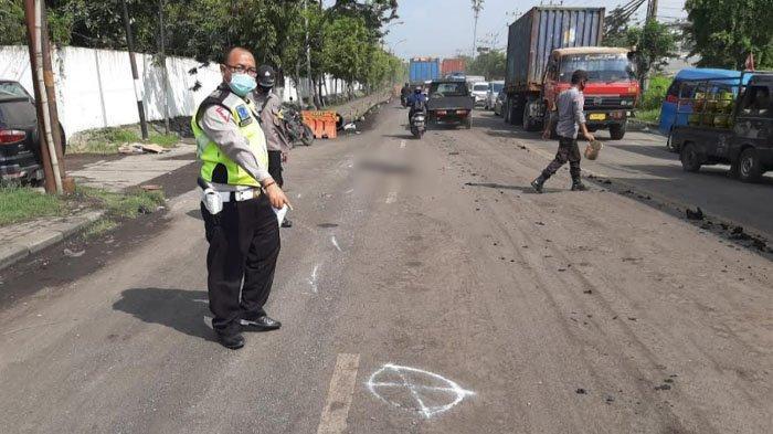 Pria Jombang Tewas Kecelakaan di Manyar Kabupaten Gresik, Terjatuh saat Menyalip Truk