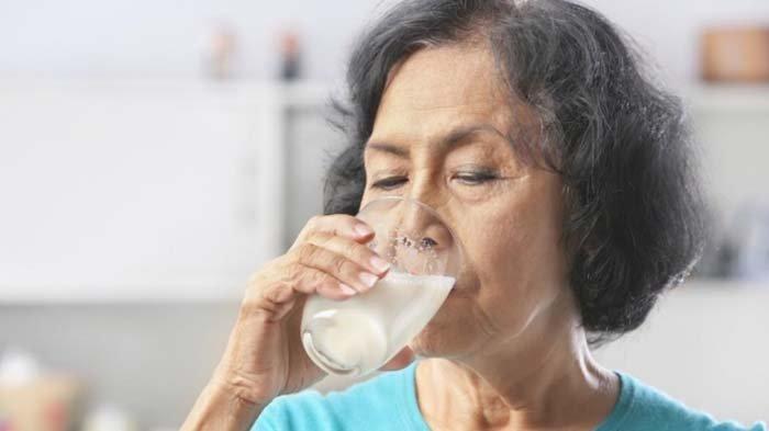 Fonterra Brands Indonesia, Edukasi Kesehatan Lansia terkait Osteoporosis