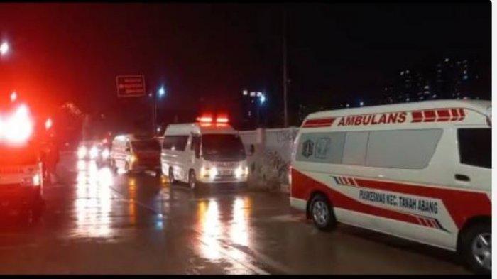 Viral Video Antrean Panjang Ambulans di Wisma Atlet, Bukan Kapasitas Penuh, ini Penyebab Sebenarnya