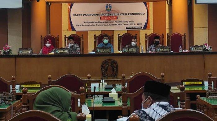 DPRD Ponorogo Setujui Ranwal RPJMD, Bupati Sugiri Mampatkan Misi Dari 9 Poin Jadi 4 Poin