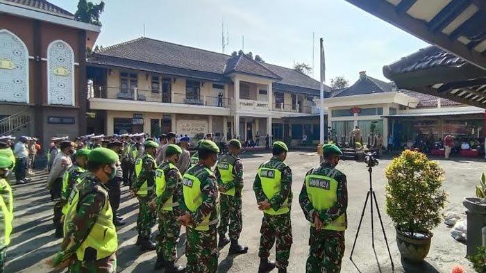Polisi Sudah Siapkan Empat Pos Pengamanan di Jember untuk Pantau Mobilisasi dan Kerumunan Warga