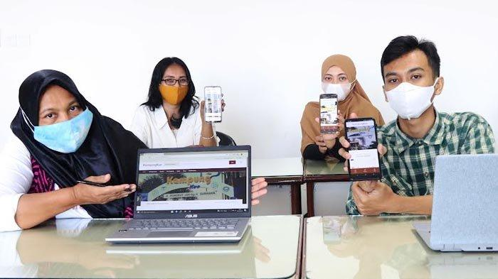 UWH Perbanas Surabaya Bantu Kampung Kue Rungkut Mengelola Bisnis Berbasis Digital