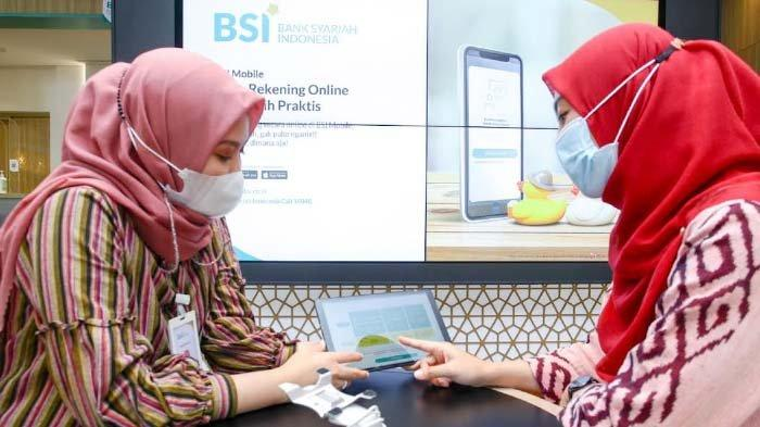 Eks Nasabah BNI Syariah Mengaku Senang Bisa Bayar Kebutuhan lewat Aplikasi BSI Mobile saat Pademi