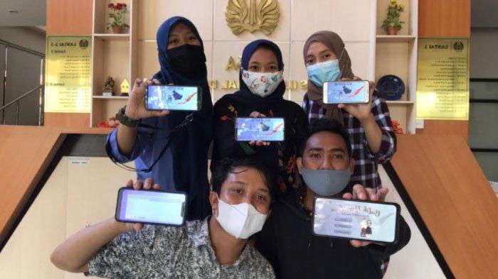 5 Mahasiswa Unesa Buat Aplikasi E-Batik Nusantara upaya Kenalkan Batik sejak Dini