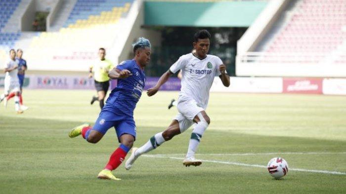 Babak Pertama, Arema FC Unggul 2-1 atas Rans FC Laga Uji Coba di Stadion Kanjuruhan Kab Malang