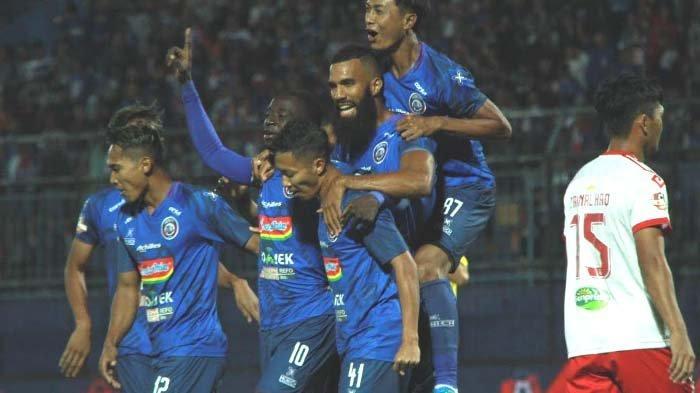 Hattrick Makan Konate dan Gol Comvalius, Arema FC Vs Badak Lampung  4-1 hingga Menit 90