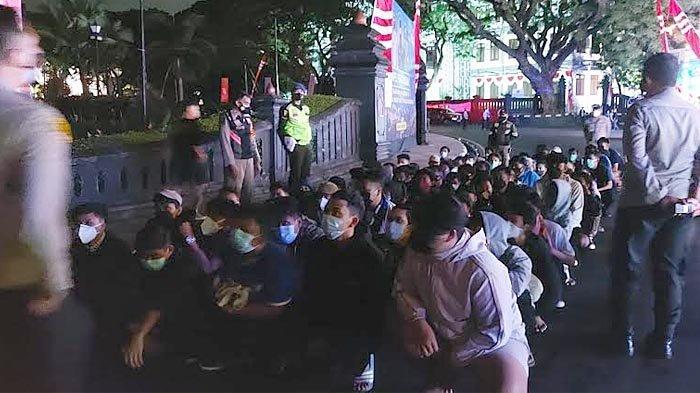 Tetap Nekat Gelar Konvoi Rayakan HUT Arema ke-34, Polresta Malang Kota Amankan Puluhan Aremania