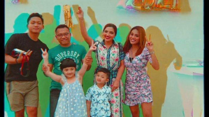 Keluarga Anang Hermansyah dan Ashanty