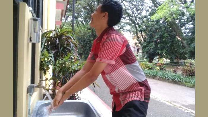 Menjaga Jarak ala Asrama Mahasiswa Universitas Negeri Malang