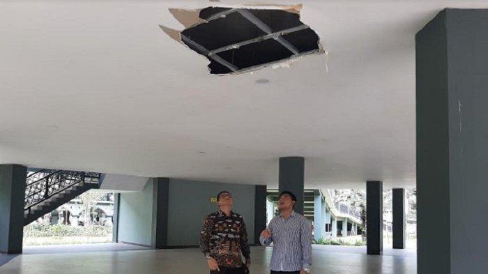 Umurnya Belum Setahun, Atap Alun-alun yang Direnovasi Senilai Rp 17,2 Miliar Sudah Bocor
