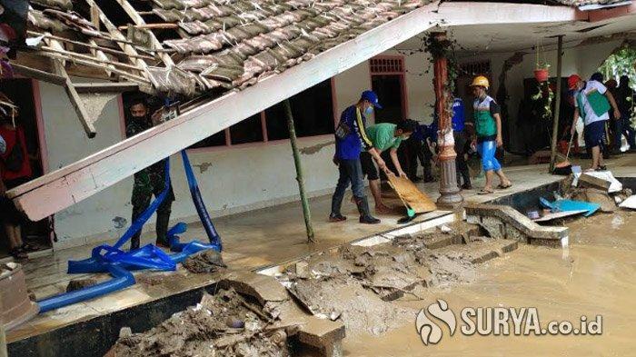 Selama Dua Hari Terakhir, Banjir Masih Melanda Lima Kecamatan di Jember
