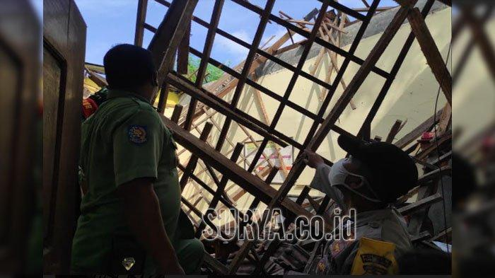 Atap Bangunan SDN 1 Babadan Kabupaten Ponorogo Roboh, Sudah Rusak 3 Tahun Lalu
