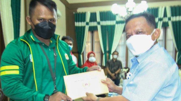 Perkuat Jatim di Cabor Bulu Tangkis dan Anggar, Situbondo Targetkan Emas di PON XX Papua