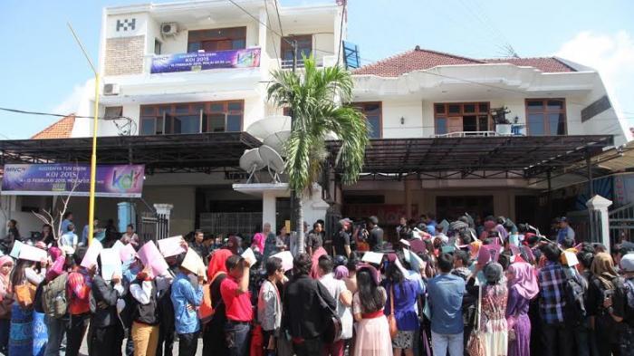 Banyak Kejutan Audisi KDI 2015 di Surabaya