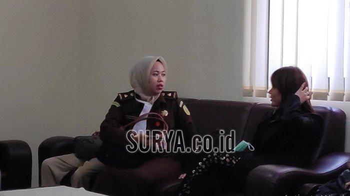 Avriellya Shaqilla Hadir Jadi Saksi di PN Surabaya, Hanya Diam dan Tertunduk