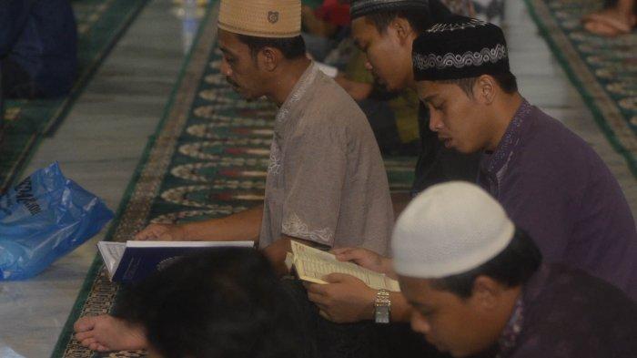 Malam Nisfu Syaban 2021 Jatuh 28 Maret, Amalan Baca Surat Yasin dan Doa