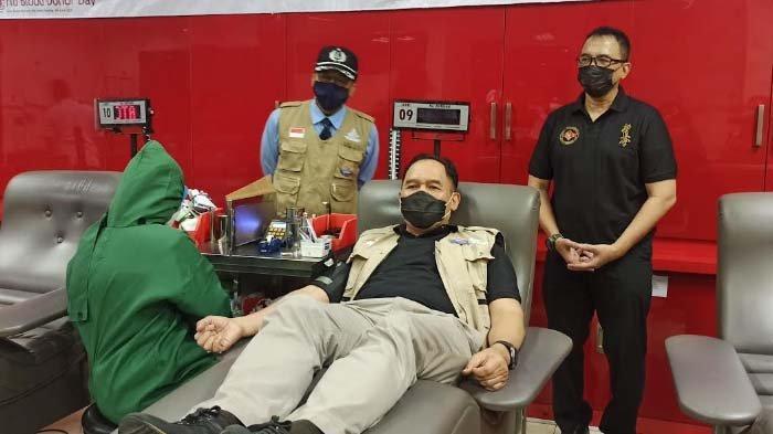 Vaksinasi Serentak Berimbas pada Berkurangnya Stok Darah di PMI Surabaya