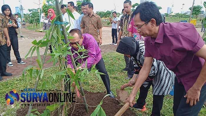 Ketua DPRD Surabaya Apresiasi Kerja Sama Surabaya dan Bali, Ini Harapan Adi Sutarwijono