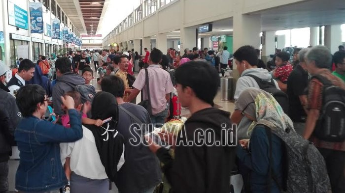 Arus Balik Lebaran, Ribuan Penumpang Padati Bandara Juanda