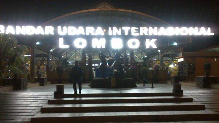 BREAKING NEWS : Gunung Agung Erupsi, Bandara Praya Lombok Ditutup