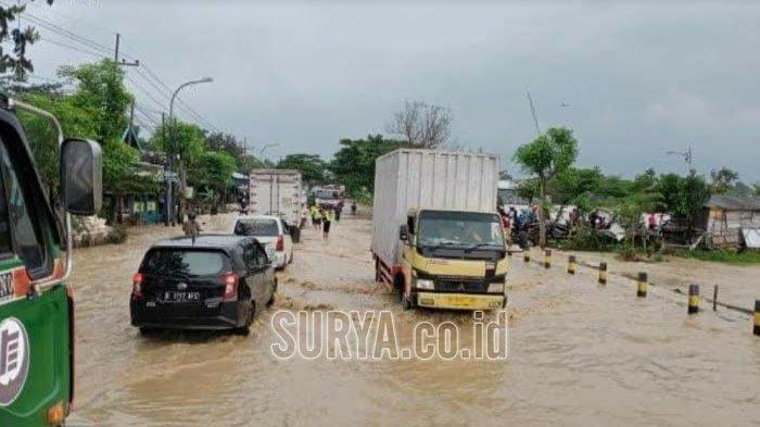 Tips Menerabas Banjir dengan Mobil Matik, Ini 5 Trik dari PT Astra Daihatsu Motor