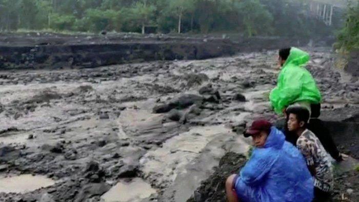 Hujan Deras Picu Lahar Dingin di Lumajang, Penambang Pasir Diimbau Hentikan Akativitas