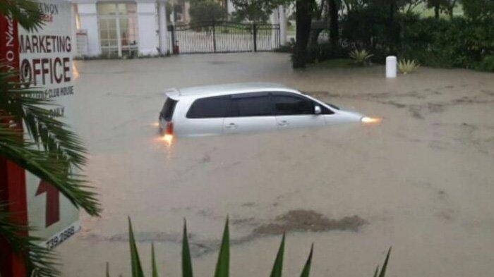 Sederet Dampak Banjir di Surabaya Barat, Rendam Perumahan hingga Seorang Anak Dikabarkan Tenggelam
