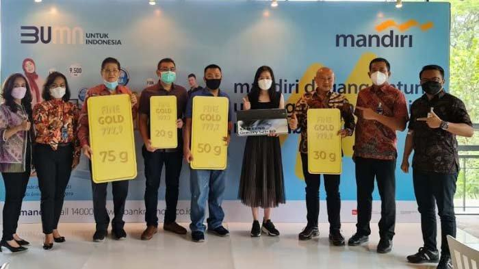 Apreasiasi Nasabah Pebisnis, Bank Mandiri Gelar MDU untuk Pebisnis Pasar Atom Surabaya