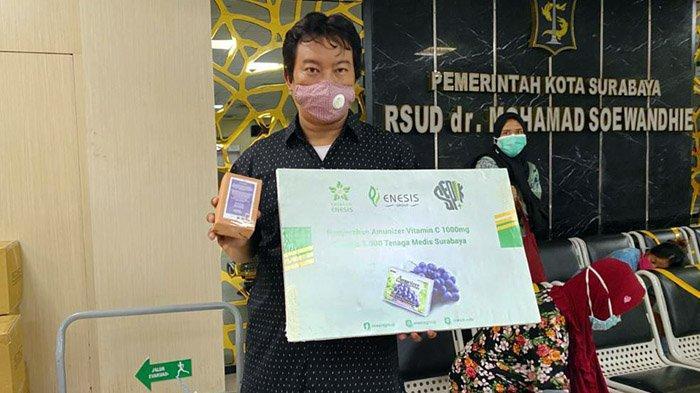 Lewat program CSR secara berkelanjutan, Enesis Group menyalurkan bantuan 5.000 Paket Amunizer Vitamin C 1.000 mg kepada 5.000 tenaga medis di Jawa Timur.