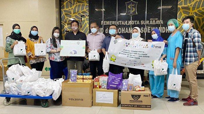 Enesis Group Salurkan Bantuan 5.000 Paket Amunizer Vitamin C 1.000 mg untuk Tenaga Medis Jatim