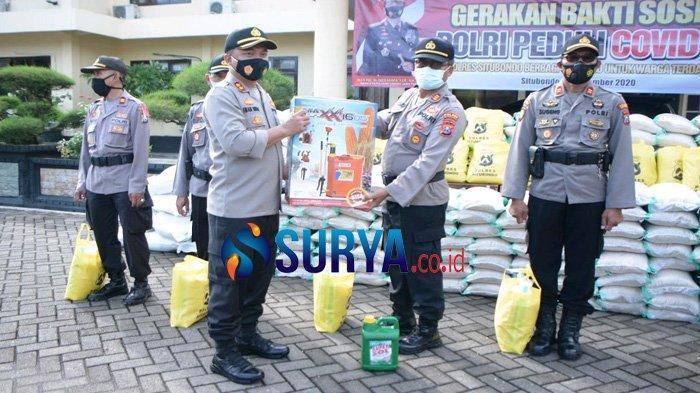 Peduli Warga Terdampak Pandemi, Polres Situbondo Bagikan 8,5 Ton Beras