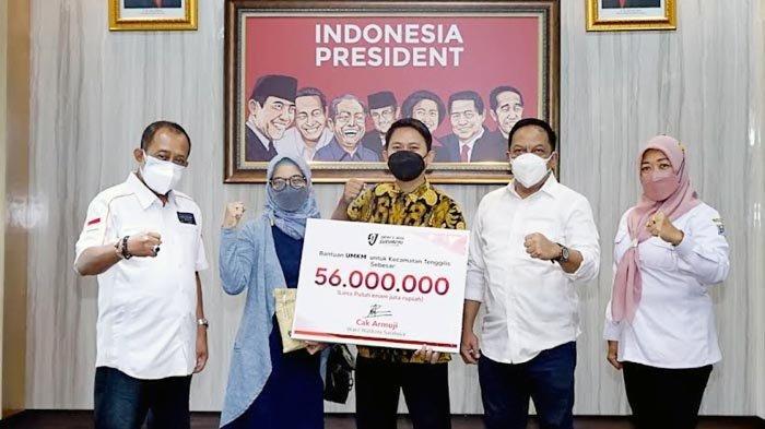 Biar Makin Semangat, Surabaya Bagi-bagi Rp 56 Juta untuk Para Pelaku UMKM
