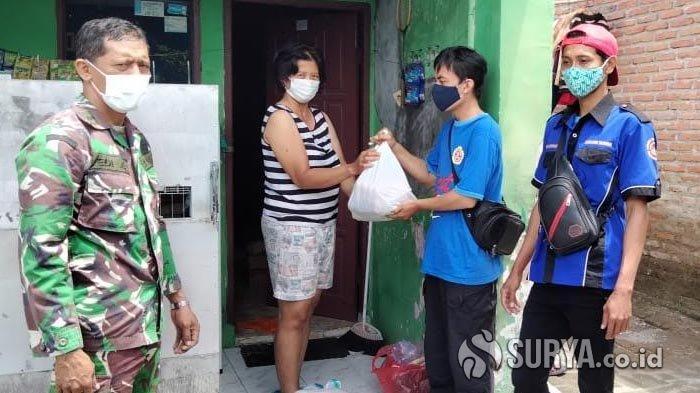 Dinsos Kota Kediri Kembali Salurkan Bantuan Sembako untuk Warga yang Isolasi Mandiri karena Covid-19