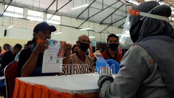 5.501 KK di Surabaya Mulai Terima BST dari Kemensos, Disalurkan Lewat 6 Kantor Pos Ini