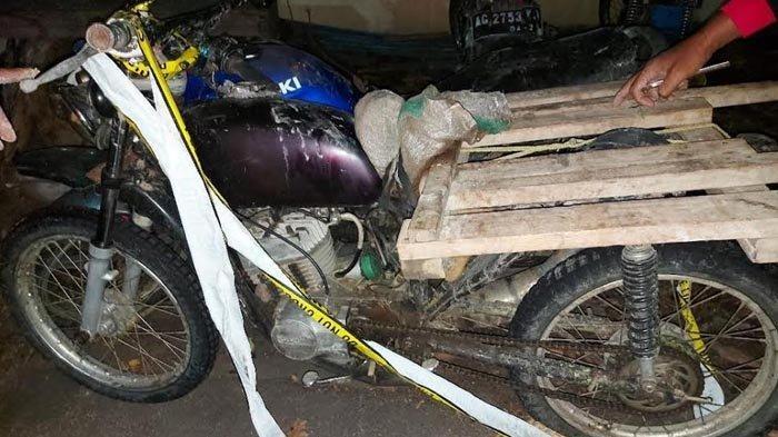 Diduga Curi Kayu Jati di Hutan, Seorang Petani dan Pekerja Serabutan di Nganjuk Diamankan Polisi