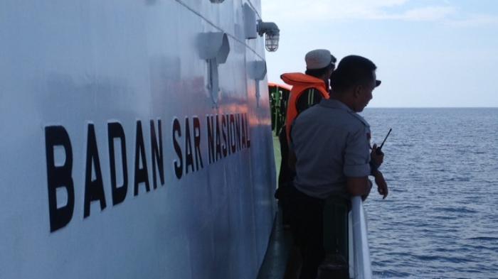 Basarnas Kirim Lima Kapal dan 2 Helikopter untuk Evakuasi Penumpang dan ABK KM Mutiara Sentosa 1