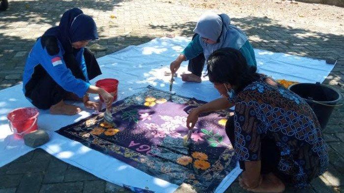 Dorong Kebangkitan Ekonomi usai Pandemi, Bupati Sugiri Ingin Pulihkan Kejayaan Batik Ponorogo - batik-dorong-perekonomian-ponorogo2.jpg