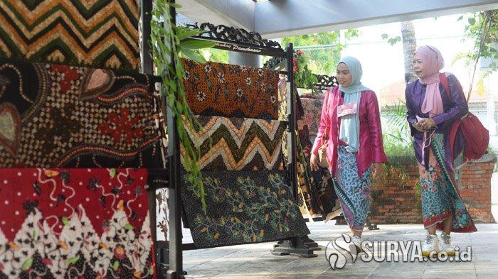 Melihat Keindahan Batik